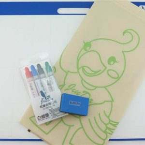 Whiteboard drawing kit with storage bag